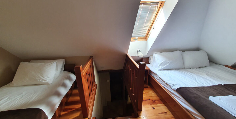soba PREMIUM SA GALERIJOM 9 - Hotel Tara (4)