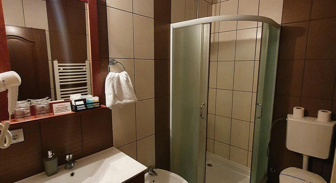 soba STANDARD 4 - Hotel Tara (4)